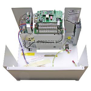 Centralutrustning med strömförsörjning